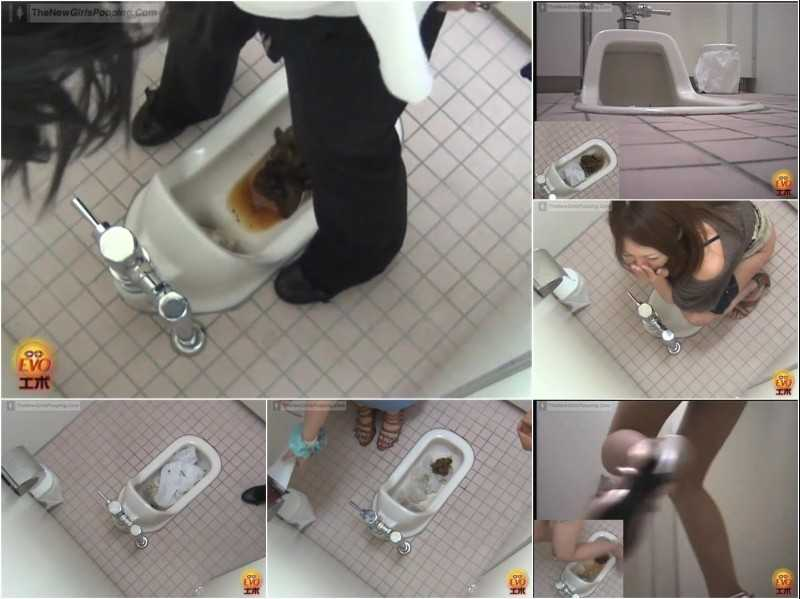 E54-03 | Erotic voyeurism in Japanese style toilet. The shit that does not flush! VOL.3