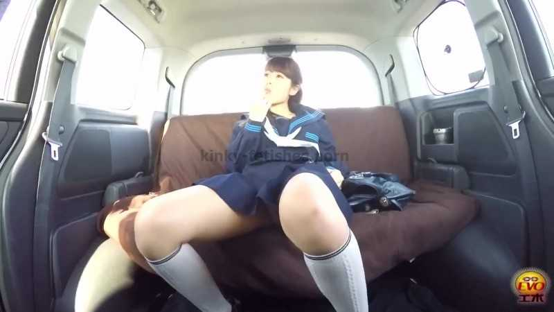 Porn online EE-163 | Pissing voyeur. Sister wetting herself in family car. javfetish