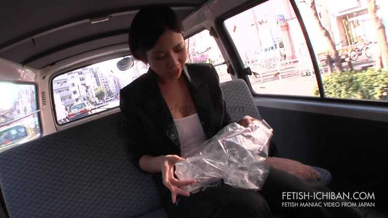 Porn online FTV-10 | Woman in suit puking on herself in a moving car. javfetish